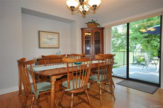 Photo 9: 900 Woodhall Dr in Saanich: SE High Quadra Single Family Detached for sale (Saanich East)  : MLS®# 840307