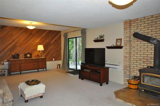 Photo 28: 900 Woodhall Dr in Saanich: SE High Quadra Single Family Detached for sale (Saanich East)  : MLS®# 840307