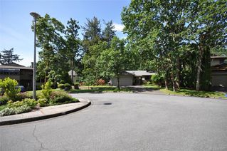 Photo 44: 900 Woodhall Dr in Saanich: SE High Quadra Single Family Detached for sale (Saanich East)  : MLS®# 840307