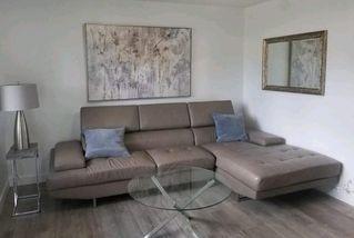 Photo 2: 10744 155 Street in Edmonton: Zone 21 House for sale : MLS®# E4209026