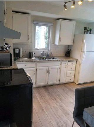 Photo 3: 10744 155 Street in Edmonton: Zone 21 House for sale : MLS®# E4209026