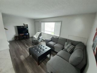 Photo 2: 106 190 MCINTYRE Crescent in Prince George: Highland Park Townhouse for sale (PG City West (Zone 71))  : MLS®# R2495500