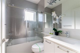 """Photo 14: 18 7168 LYNNWOOD Drive in Richmond: Granville Townhouse for sale in """"LAVERNA 1"""" : MLS®# R2504835"""