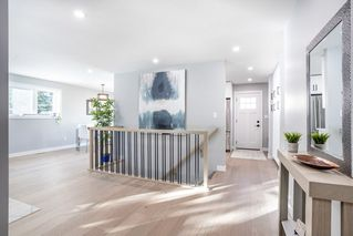 Photo 4: 10304 64 Street in Edmonton: Zone 19 House for sale : MLS®# E4224485