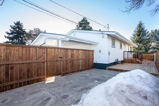 Photo 36: 10304 64 Street in Edmonton: Zone 19 House for sale : MLS®# E4224485