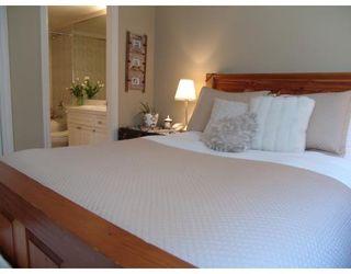 Photo 7: # 105 2036 YORK AV in Vancouver: Condo for sale : MLS®# V690944