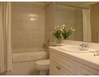 Photo 8: # 105 2036 YORK AV in Vancouver: Condo for sale : MLS®# V690944