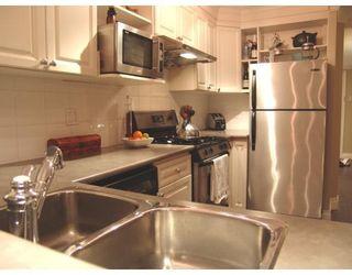 Photo 6: # 105 2036 YORK AV in Vancouver: Condo for sale : MLS®# V690944