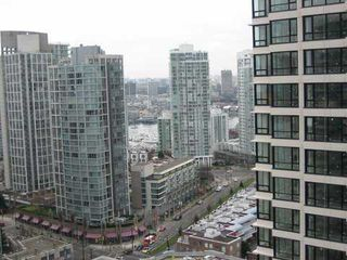 "Photo 3: 2307 909 MAINLAND Street in Vancouver: Downtown VW Condo for sale in ""YALETOWN PARK 2"" (Vancouver West)  : MLS®# V631368"