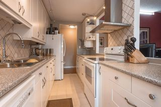 "Photo 3: 204 3371 SPRINGFIELD Drive in Richmond: Steveston North Condo for sale in ""DOLPHIN COURT"" : MLS®# R2398238"