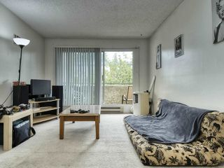 "Photo 7: 208 1050 HOWIE Avenue in Coquitlam: Central Coquitlam Condo for sale in ""MONTERAY GARDENS"" : MLS®# R2405004"