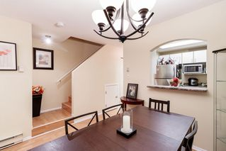 "Photo 4: 17 5983 FRANCES Street in Burnaby: Capitol Hill BN Townhouse for sale in ""SATURNA"" (Burnaby North)  : MLS®# R2411598"