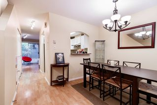 "Photo 2: 17 5983 FRANCES Street in Burnaby: Capitol Hill BN Townhouse for sale in ""SATURNA"" (Burnaby North)  : MLS®# R2411598"