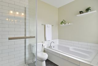 "Photo 13: 104 1232 JOHNSON Street in Coquitlam: Scott Creek Townhouse for sale in ""GREENHILL PLACE"" : MLS®# R2438974"