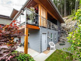 """Photo 30: 2151 CRUMPIT WOODS Drive in Squamish: Plateau House for sale in """"Crumpit Woods"""" : MLS®# R2460295"""
