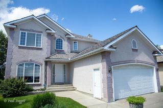 Main Photo: 725 SIERRA MADRE Court SW in Calgary: Signal Hill Detached for sale : MLS®# A1009062