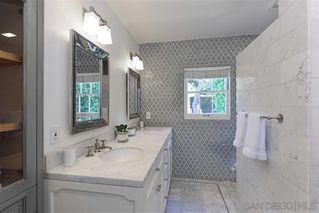 Photo 16: LA JOLLA House for sale : 4 bedrooms : 7865 El Paseo Grande