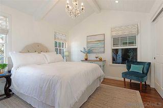 Photo 12: LA JOLLA House for sale : 4 bedrooms : 7865 El Paseo Grande
