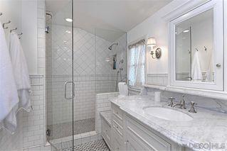Photo 10: LA JOLLA House for sale : 4 bedrooms : 7865 El Paseo Grande
