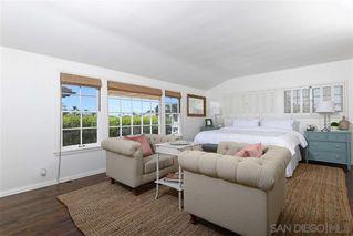 Photo 8: LA JOLLA House for sale : 4 bedrooms : 7865 El Paseo Grande
