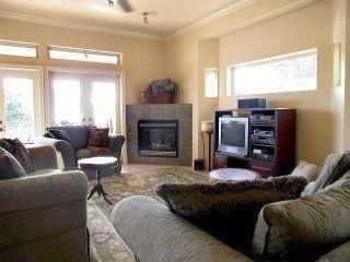 Photo 7: 13936 Marine Drive: White Rock Home for sale ()  : MLS®# F2521390