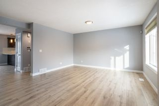 Photo 5: 35 675 ALBANY Way in Edmonton: Zone 27 Townhouse for sale : MLS®# E4221023