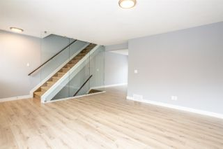 Photo 3: 35 675 ALBANY Way in Edmonton: Zone 27 Townhouse for sale : MLS®# E4221023