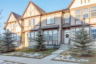 Photo 2: 1373 Legacy Circle SE in Calgary: Legacy Row/Townhouse for sale : MLS®# A1055779