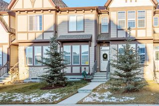 Photo 3: 1373 Legacy Circle SE in Calgary: Legacy Row/Townhouse for sale : MLS®# A1055779