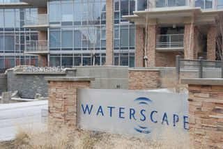 "Photo 2: 707 1075 SUNSET Drive in Kelowna: Condo  in ""SKYE at WATERSCAPES"""