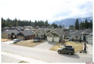 Photo 23: 1730 - 24th Street N.E. in Salmon Arm: Lakeview Meadows Residential Detached for sale : MLS®# 10025216