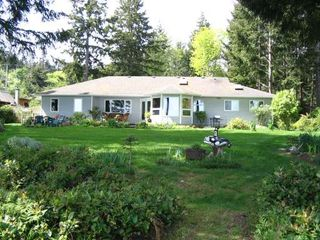 Photo 9: 5588 SEACLIFF ROAD in COURTENAY: Residential Detached for sale : MLS®# 229578
