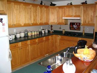 Photo 3: 5588 SEACLIFF ROAD in COURTENAY: Residential Detached for sale : MLS®# 229578