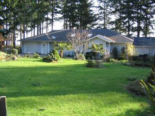 Photo 1: 5588 SEACLIFF ROAD in COURTENAY: Residential Detached for sale : MLS®# 229578