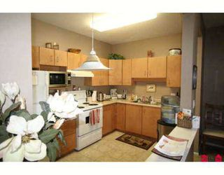 """Photo 2: 108 20239 MICHAUD Crescent in Langley: Langley City Condo for sale in """"CITY GARDENS"""" : MLS®# F2720050"""