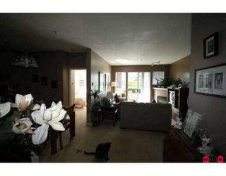 """Photo 4: 108 20239 MICHAUD Crescent in Langley: Langley City Condo for sale in """"CITY GARDENS"""" : MLS®# F2720050"""