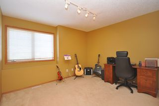 Photo 31: 579 John Forsyth Road in Winnipeg: Residential for sale : MLS®# 1201237