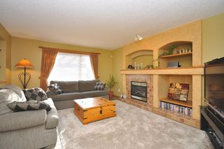Photo 9: 579 John Forsyth Road in Winnipeg: Residential for sale : MLS®# 1201237