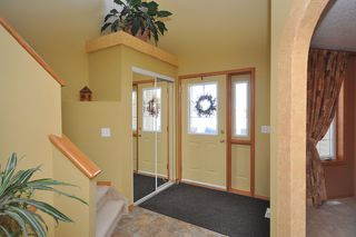 Photo 3: 579 John Forsyth Road in Winnipeg: Residential for sale : MLS®# 1201237