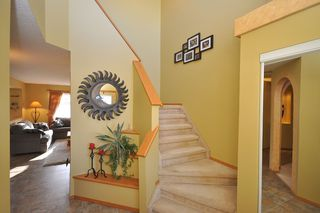 Photo 4: 579 John Forsyth Road in Winnipeg: Residential for sale : MLS®# 1201237