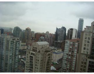 """Photo 9: 3301 939 HOMER Street in Vancouver: Downtown VW Condo for sale in """"THE PINNACLE"""" (Vancouver West)  : MLS®# V691168"""