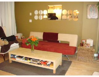 """Photo 3: 3301 939 HOMER Street in Vancouver: Downtown VW Condo for sale in """"THE PINNACLE"""" (Vancouver West)  : MLS®# V691168"""
