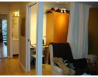 """Photo 5: 3301 939 HOMER Street in Vancouver: Downtown VW Condo for sale in """"THE PINNACLE"""" (Vancouver West)  : MLS®# V691168"""