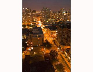 "Photo 4: 2107 989 RICHARDS Street in Vancouver: Downtown VW Condo for sale in ""MONDRIAN"" (Vancouver West)  : MLS®# V713987"