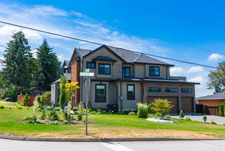 Photo 2: 308 FINNIGAN Street in Coquitlam: Central Coquitlam House for sale : MLS®# R2389390