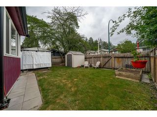 Photo 18: 3018 ASHBROOK Place in Coquitlam: Meadow Brook House 1/2 Duplex for sale : MLS®# R2392140