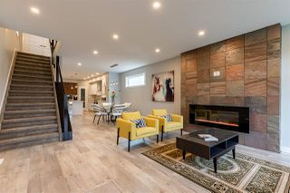Photo 3: 9621 163 Street NW in Edmonton: Zone 22 House for sale : MLS®# E4175433