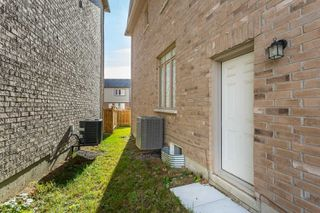 Photo 18: 104 Roulette Crescent in Brampton: Northwest Brampton House (2-Storey) for sale : MLS®# W4623313