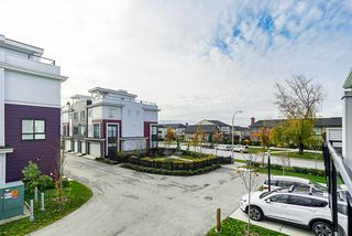"""Photo 10: 15 16315 23A Avenue in Surrey: Grandview Surrey Townhouse for sale in """"Soho"""" (South Surrey White Rock)  : MLS®# R2420250"""