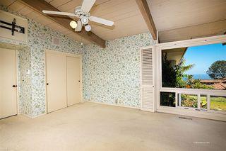 Photo 12: LA JOLLA House for sale : 3 bedrooms : 1455 Cottontail Ln